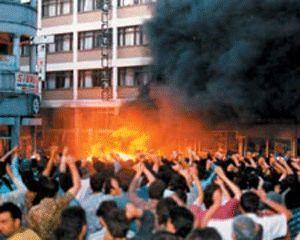 Die Täter von Sivas müssen nach dem Weltrechtsprinzip rechtlich verfolgt werden