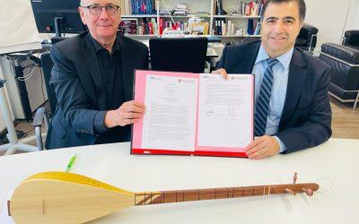 PRESSEMITTEILUNG: Unterzeichnung der Vereinbarung zwischen der Alevitischen Gemeinde Deutschland K.d.ö.R. (AABF) und der Hochschule für Musik und Tanz Köln (HfMT), 27. Mai 2021